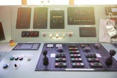 在罐车的大块控制板 库存图片