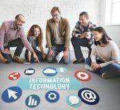 在网上信息技术连接网络概念 免版税库存照片