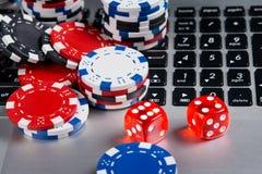 在网上赌博娱乐场的背景,在计算机谎言模子 免版税库存图片