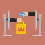 在网上购物的信用卡 免版税库存照片