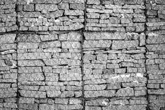 在网后的被对待的石头 免版税图库摄影