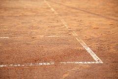 在网球场的线 免版税库存图片