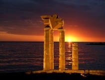 在罗得岛在晚上,希腊上城的阿波罗寺庙  图库摄影