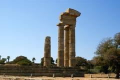 在罗得岛,希腊上城的阿波罗寺庙  免版税库存照片