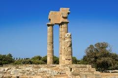在罗得岛,希腊上城的阿波罗寺庙  图库摄影