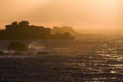 在罗斯花岗岩海岸的日落 免版税库存照片
