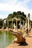 在罗马别墅附近的艾德里安娜・意大利 免版税库存照片