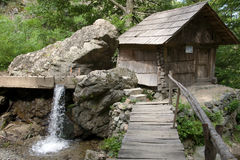 在罗马尼亚语巴纳特的Watermill 免版税库存照片