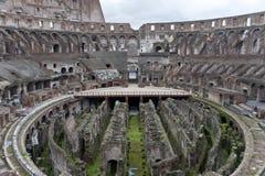 在罗马斗兽场里面。 免版税库存照片