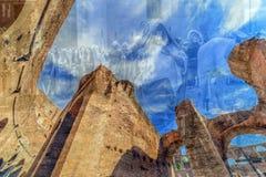 在罗马斗兽场里面的两次曝光视图,罗马,意大利 免版税库存照片