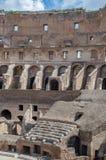 在罗马显示被重建的罗马斗兽场的内部 免版税库存照片