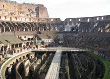在罗马罗马里面的colosseum 免版税库存照片