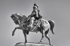 在罗马胜者黑白伊曼纽尔II的雕象的Vittoriano - 库存图片
