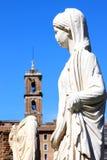 在罗马论坛,罗马的修女在意大利 免版税库存照片
