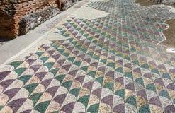 在罗马Caracalla Thermae浴的装饰的拼花地板在R 库存图片