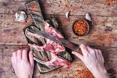 在羊羔肋骨的肉  免版税库存图片