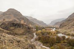 在美丽的峡谷的看法从路的边缘 库存照片