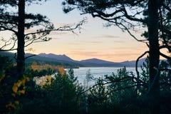 在美丽的湖的日落 免版税图库摄影