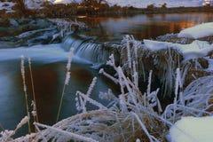 在美丽的罗马尼亚谷的日落 免版税库存照片