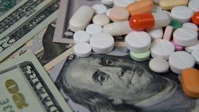 在美元的各种各样的医学 医疗保健的上涨成本 股票录像