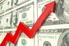 在美元钞票的红色箭头 3d回报 免版税库存图片