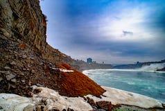 在美利坚合众国和加拿大之间的尼亚加拉大瀑布 免版税库存图片
