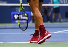 在美国公开赛2017决赛期间,西班牙的全垒打冠军拉斐尔・拿度穿习惯耐克网球鞋 图库摄影