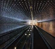 在美国国家艺廊的地下段落 免版税图库摄影