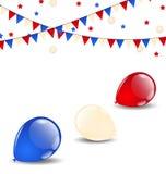 在美国国旗颜色的五颜六色的气球 免版税库存图片
