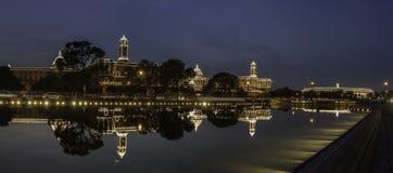 在美国独立日点燃的印地安议会大厦 免版税库存照片