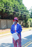 在美国独立纪念日游行的山姆大叔 库存图片