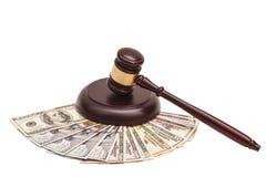 在美国金钱的法律惊堂木 免版税库存图片