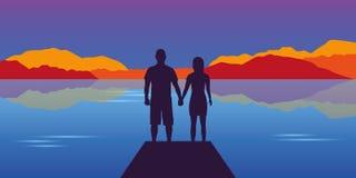在美好的湖和山秋天风景的年轻夫妇剪影 向量例证