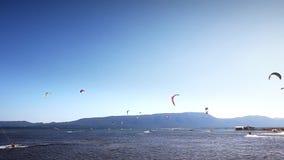 在美好的蓝色自然,克罗地亚的Kitebording 股票录像