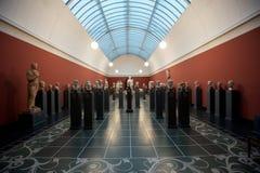 在美术馆的雕象 免版税库存照片