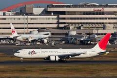 在羽田空港的JAL 库存照片