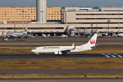 在羽田空港的JAL 图库摄影