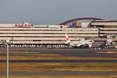 在羽田空港的JAL 免版税库存图片
