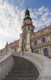 在老城镇厅前的台阶 免版税图库摄影