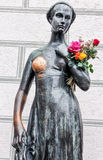 在老城镇厅的茱莉亚雕象在慕尼黑,德国 免版税图库摄影