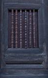 在老塔的古老窗口 库存照片