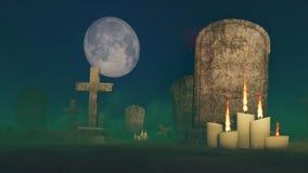 在老墓碑附近的被点燃的蜡烛 库存照片