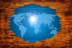 在老墙壁的孔有数字式世界的 免版税库存照片