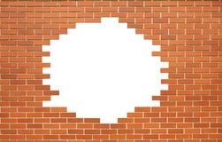 在老墙壁的白色孔 免版税库存照片