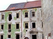 在老处所的被放弃的大厦布拉索夫 库存照片