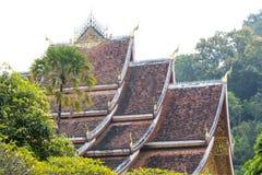 在老挝人的寺庙屋顶 库存照片