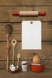 在老木背景的白色标志与面包店圣诞节12月 免版税库存图片