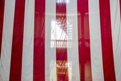 在老法院大楼的美国国旗在街市圣路易斯 库存照片
