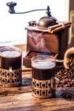 在老牌的新近地煮的咖啡 免版税图库摄影
