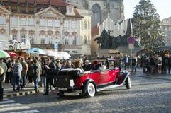 在老镇中心的圣诞节市场在布拉格,捷克 免版税库存图片